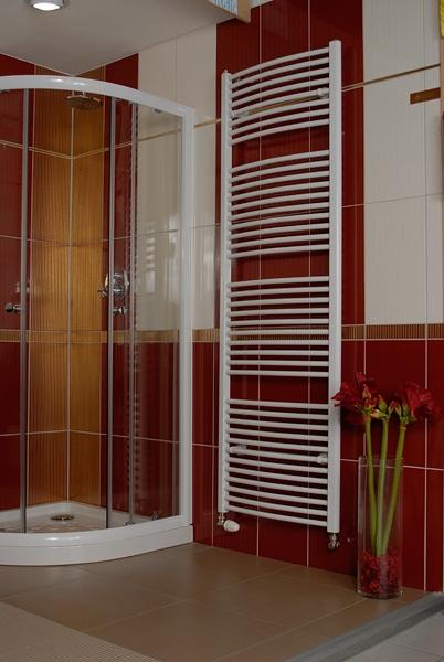 Thermal Trend KDO-E 450 x 1320-400W koupelnový radiátor vč.otopné tyče